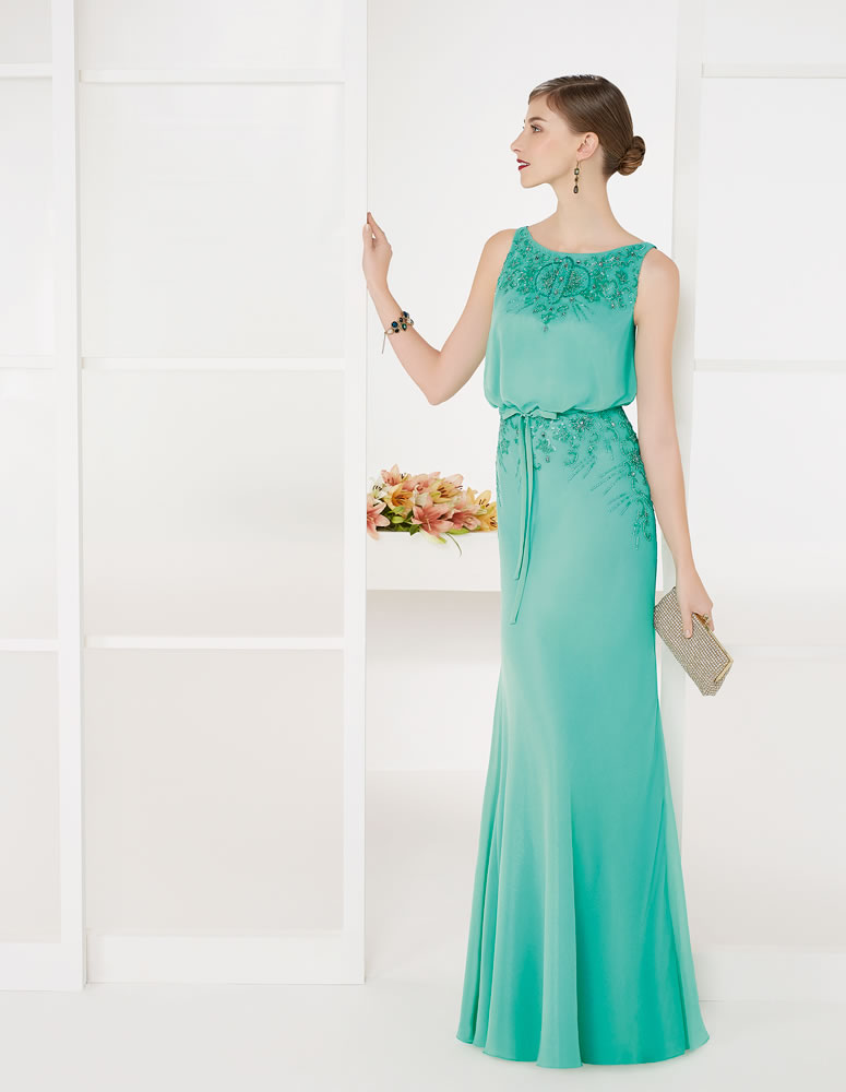 9G240 Vestido de Fiesta Couture Club