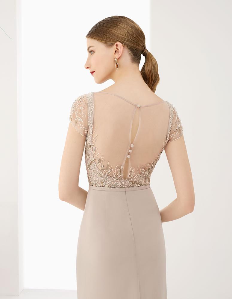 9G242  Vestido de Fiesta Couture Club