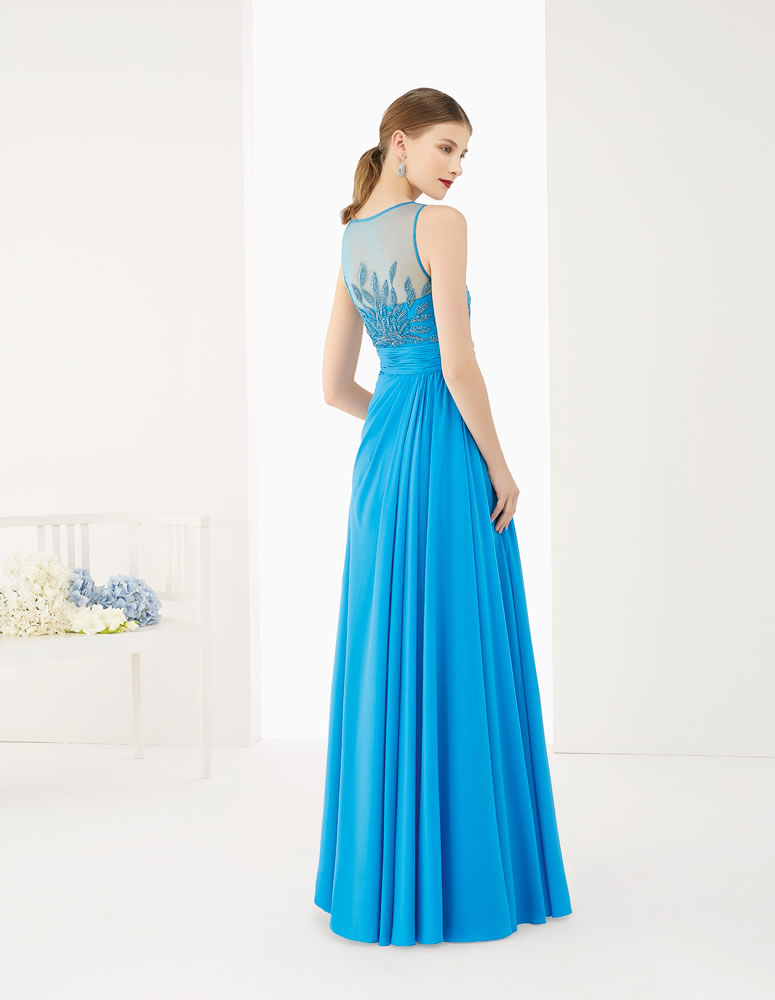 9G252 Vestido de Fiesta Couture Club