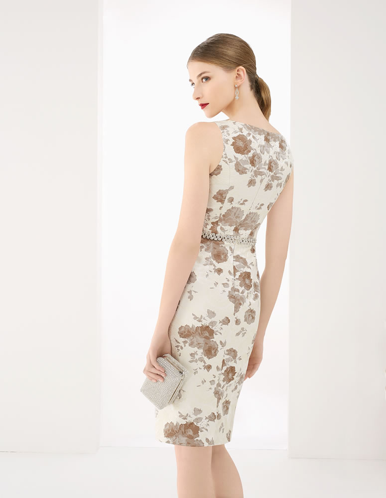 9G2B4 Vestido de Fiesta Couture Club