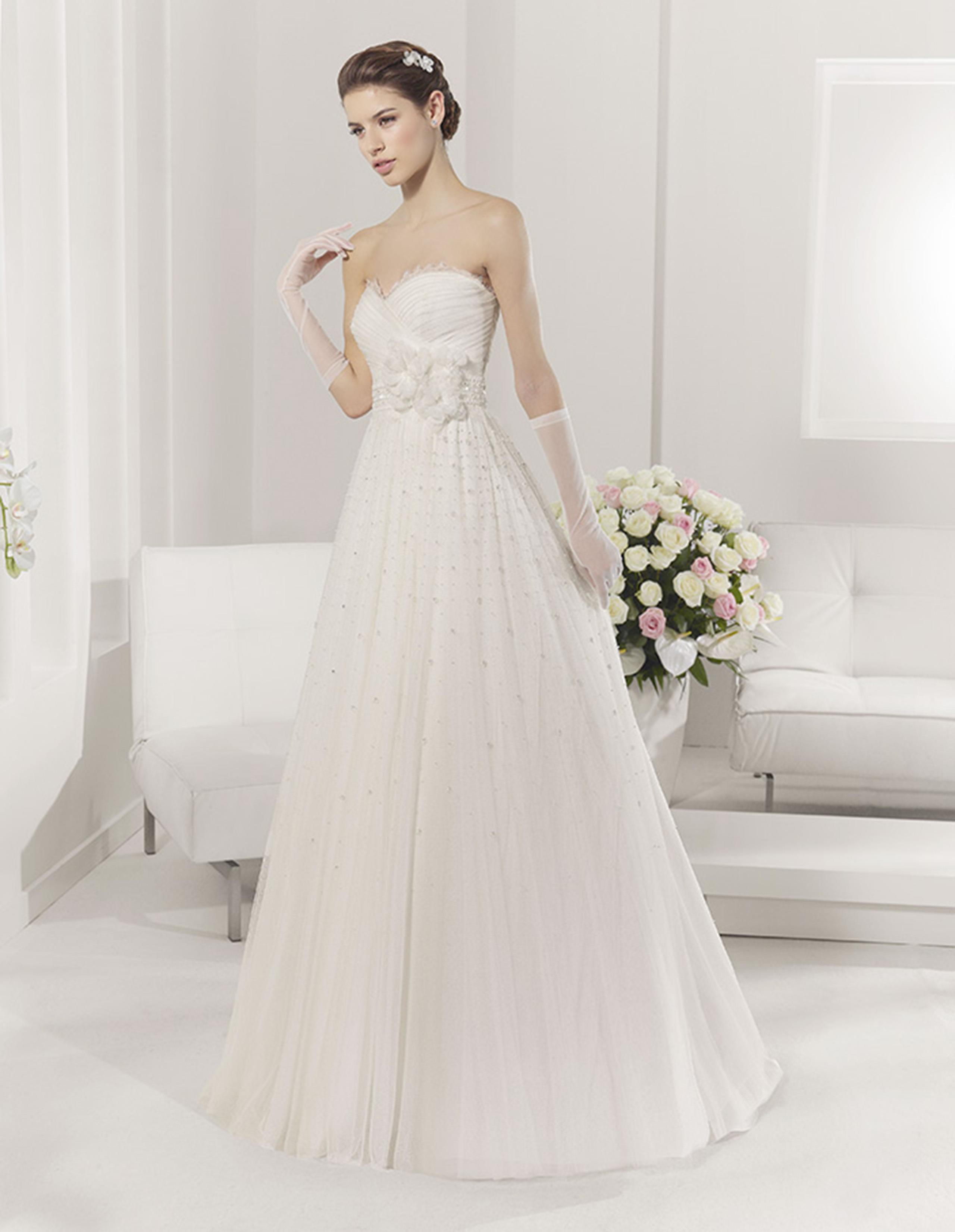 PARAISO Vestido de Alma Novia 2015