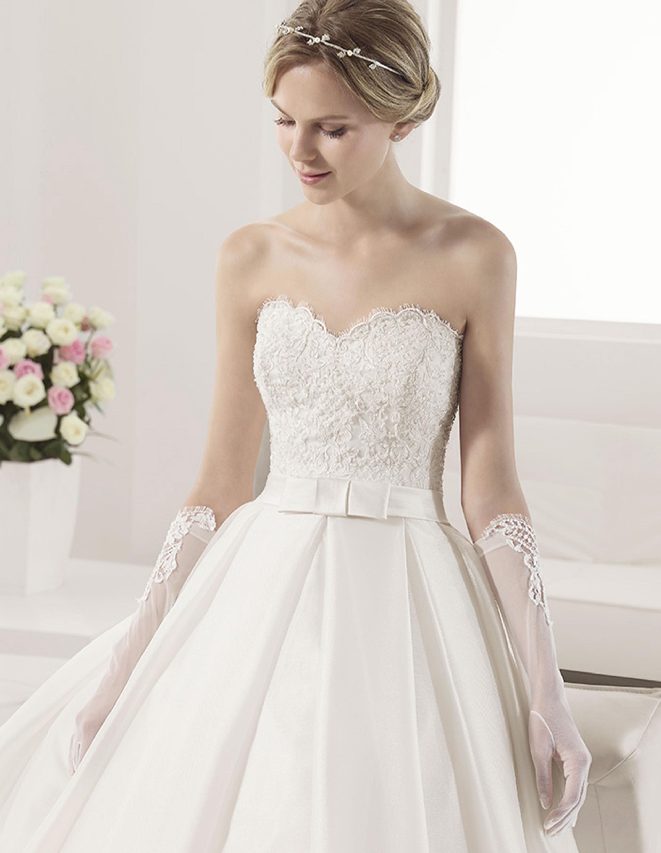 PETUNIA Vestido de Alma Novia 2015